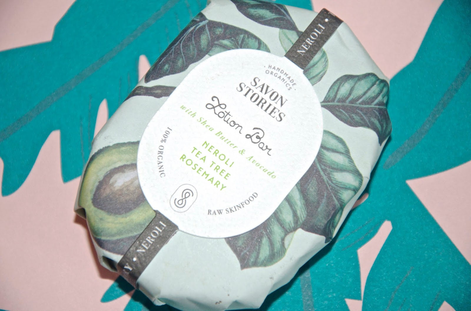 Savon Stories Avocado & Shea Lotion Bar