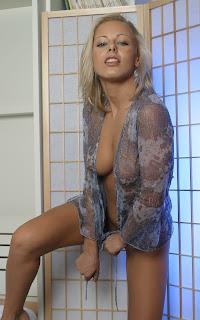 Naughty Girl - Mia%2BStone-S02-002.jpg