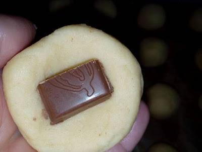 حلوة السكر محشية بالشوكولا