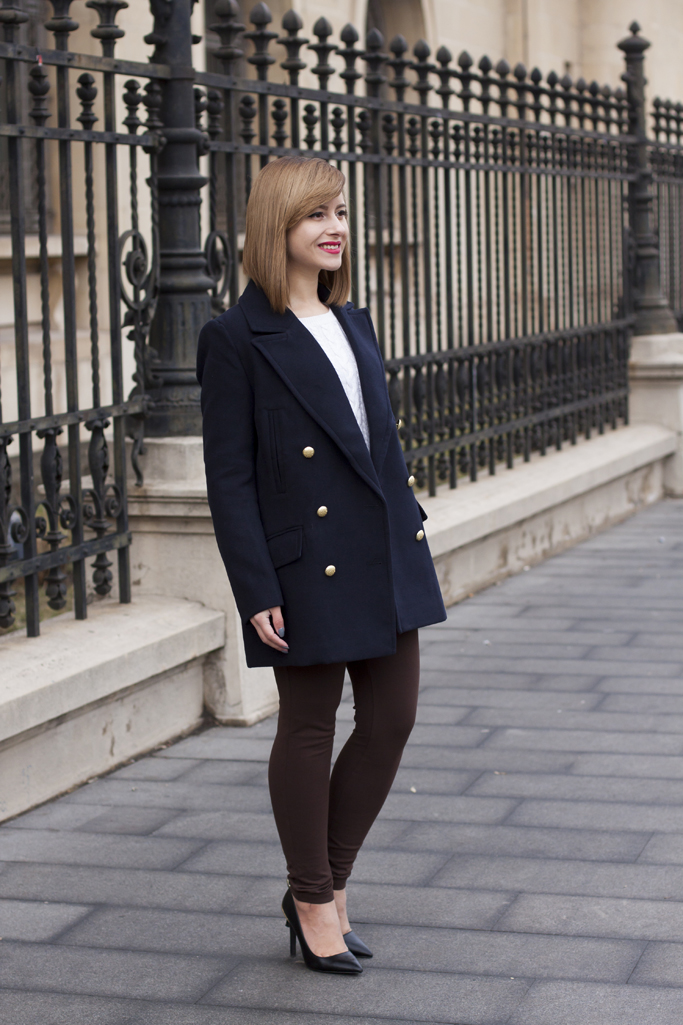 the lapel coat