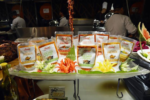 Buffet Selera Muhibah Anjuran Red Box PLUS Dengan Awang Brand