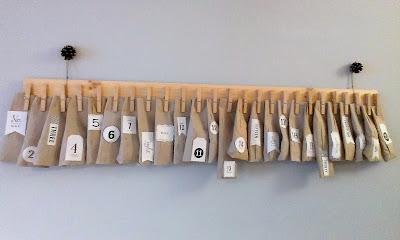 adwentowy kalendarz wiszacy klamerki