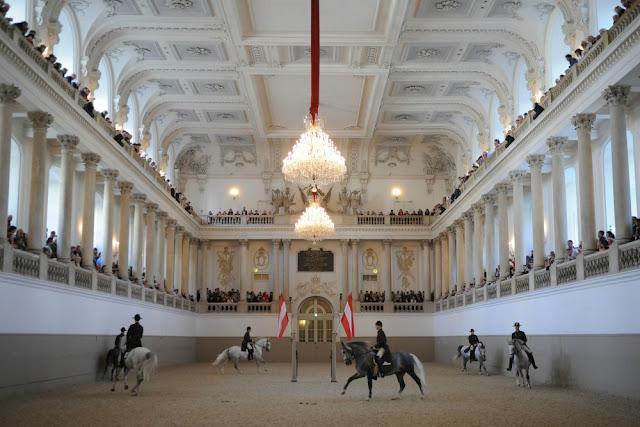Escola Espanhola de Equitação, Viena