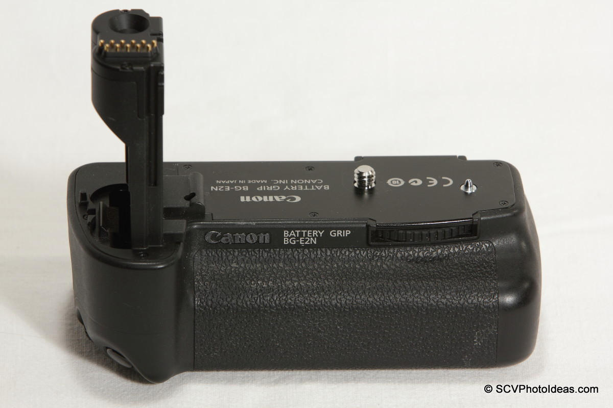 A particularly beautiful canon eos 40d body with canon battery.
