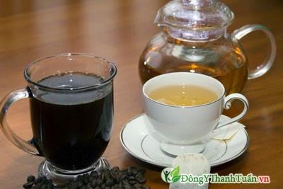 Không uống trà, cà phê khi chữa bệnh đau dạ dày