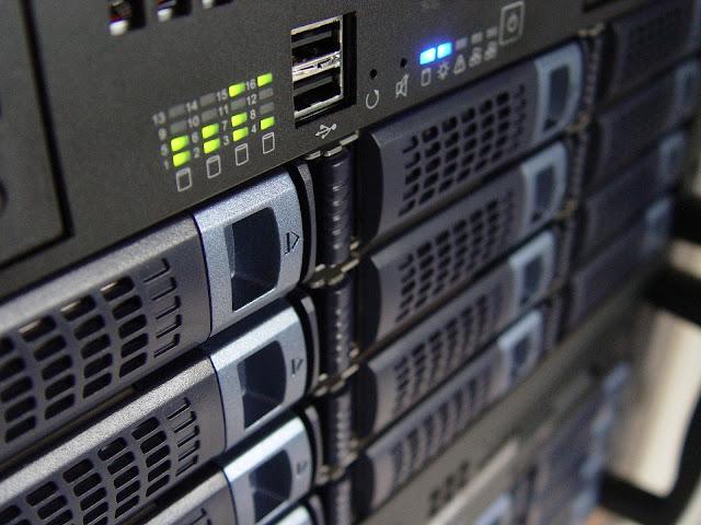 Distro Linux Server Terbaik 2018, Manakah yang Lebih Unggul?