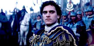 Imagen de Joaquin Phoenix, que encarna al emperador Cómodo en la película Gladiator