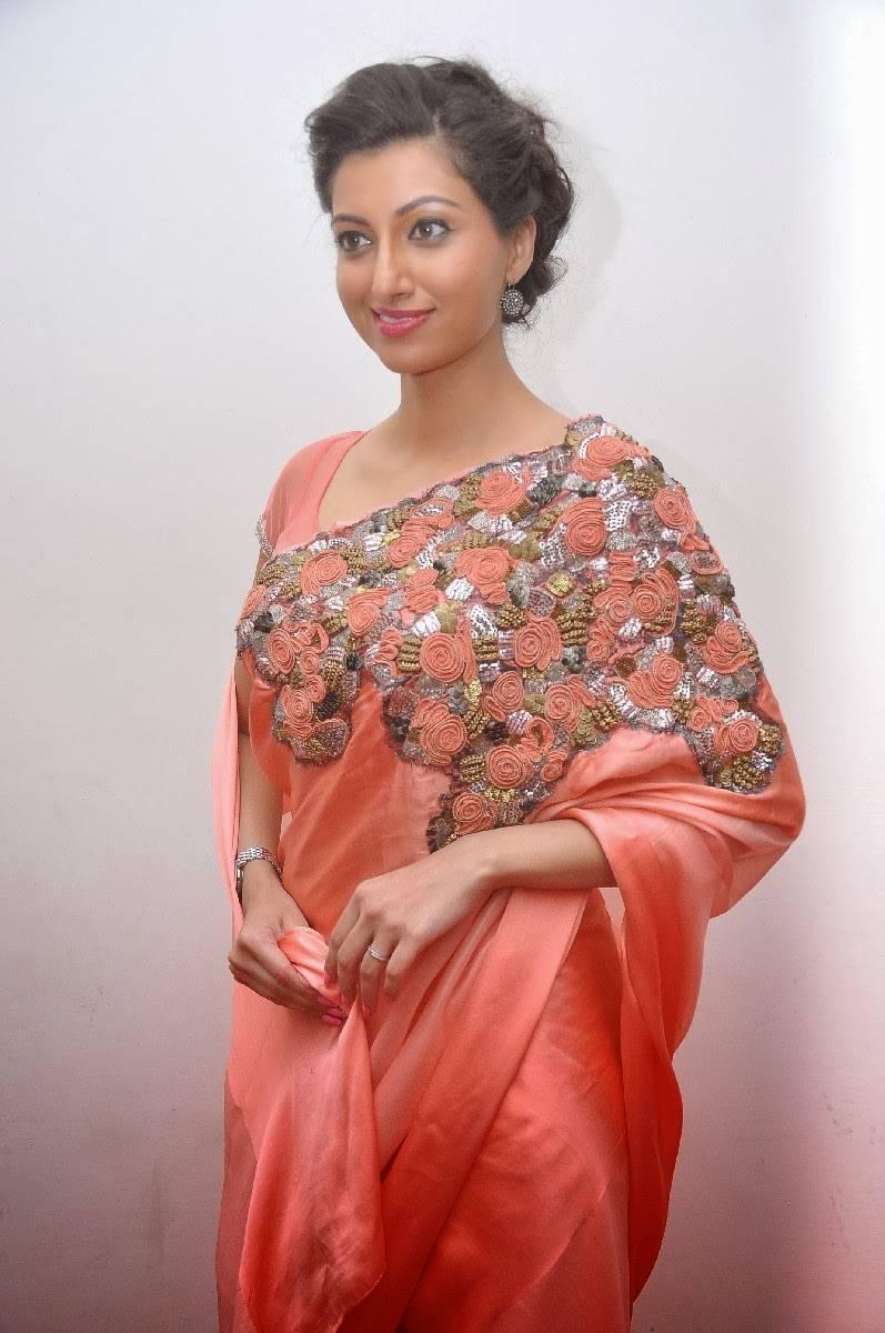 Actress Hamsa Nandini Hip Navel Stills In Red Saree