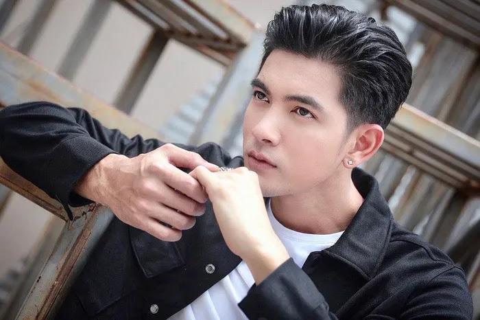 Chart Payak Khom Nak Laeng