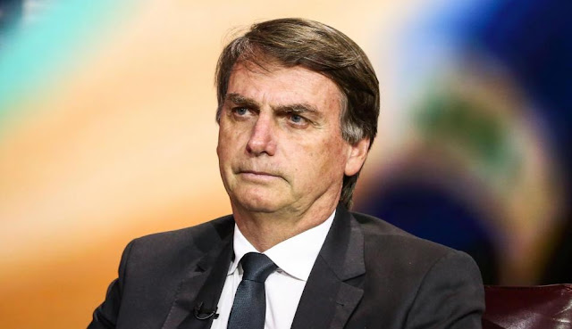 Bolsonaro desabafa na internet