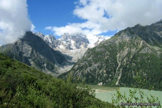 Gunung Chola