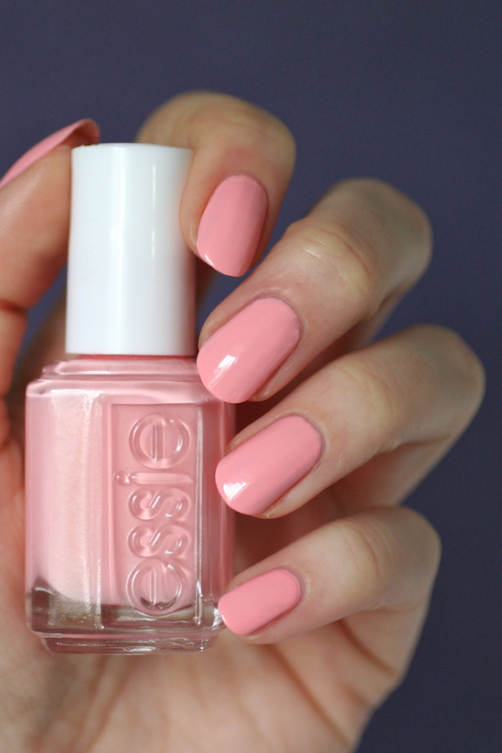 Essie Peachy-Pink Coral Comparison : Couture Curator, Van D\'Go ...