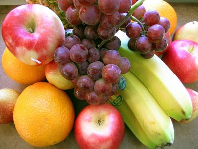 صورة مجموعة كبيرة من الفواكه المتنوعة و الفواكه الجميلة