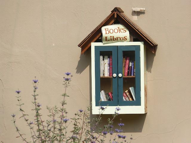 Υπαίθριες ανταλλακτικές βιβλιοθήκες, ιδέα που έγινε μόδα!