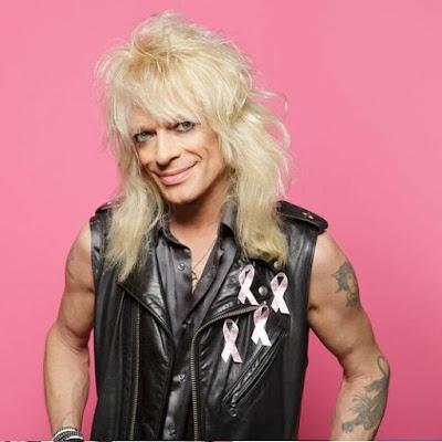 rintasyöpä roosa nauha suunnittelija