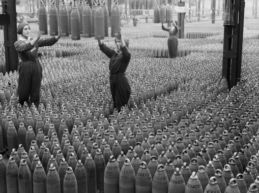 Fábrica de munición durante la Primera Guerra Mundial