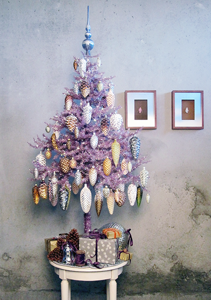 Pinecone Christmas Tree Crafts And Old Jewelery