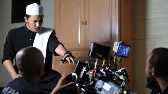Syamsul Yusof Jawab Dakwaan Mentera Panggil Hantu Dalam Filem Munafik