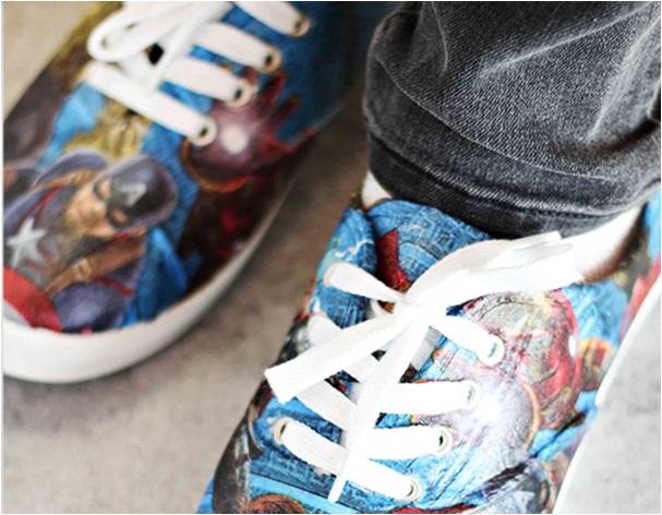 El yapımı süper kahramanlar spor ayakkabı