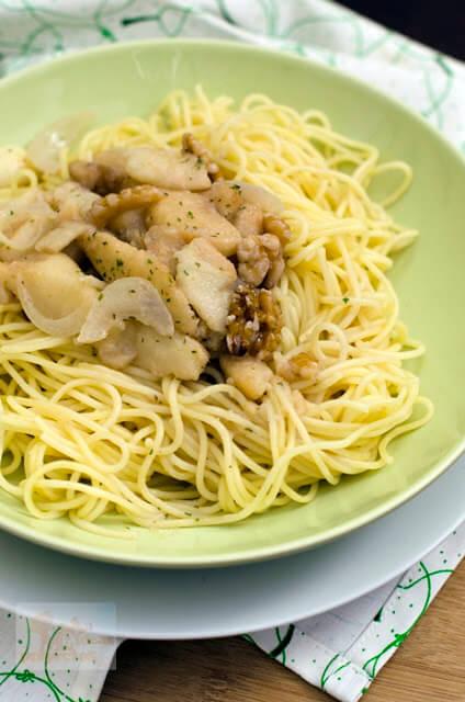 espaguetis-salsa-nueces-peras2