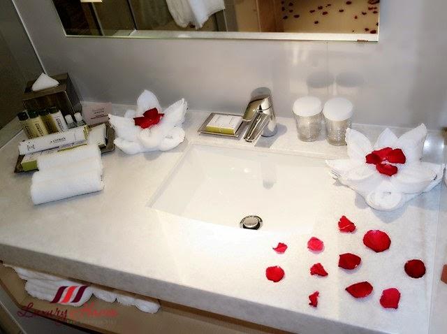 "Bathroom Design Johor Bahru 4d3n rosy "" staycation "" at doubletreehilton johor bahru"