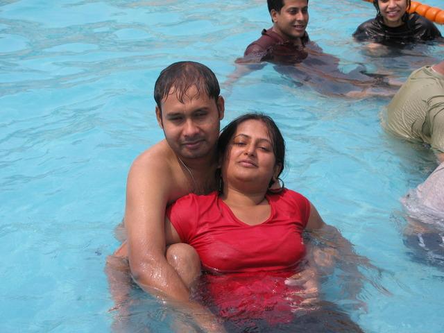 Girls Wallpaper Without Bra Sweet Indian Girl In Bikini At Water Park Hd Latest