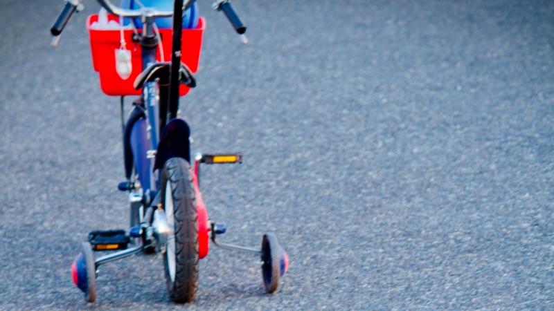 子供用補助輪付き自転車の試乗にサイクルベースあさひ千里丘へ行きました