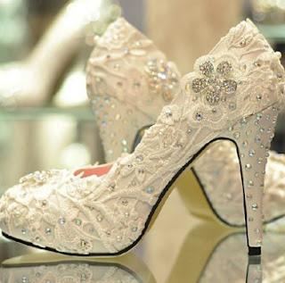 Sepatu Pengantin Wanita Online Cocok Dengan Gaun Dan Kebaya