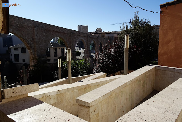 Acceso a la calle de Dolores Romero, Teruel