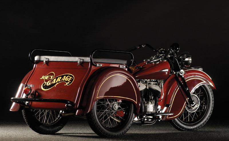 0504a97ffbd Service bike típica de reparto con el aspecto que debía tener en su época.  Fueron muy populares entre los 40 y los 50.