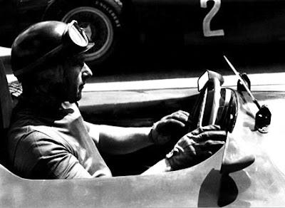 Google Doodle Rayakan Ulang Tahun Juan Manuel Fangio Juara 5 Kali Formula 1