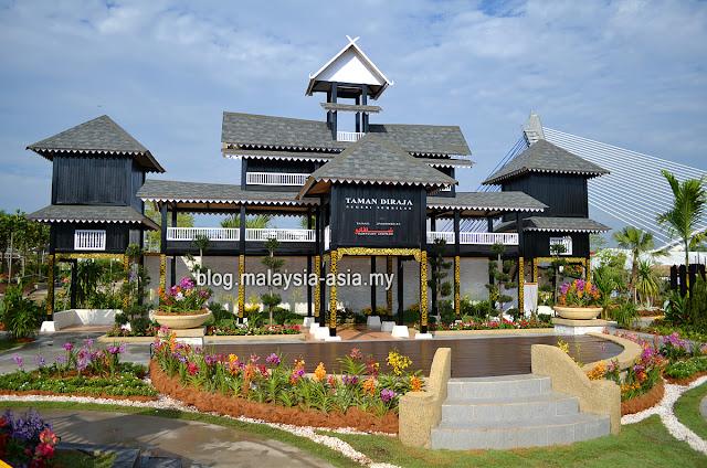Royal Floria Negeri Sembilan Palace