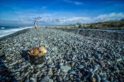 Luna La Union Local Coastal Stone Gatherer Perspectives