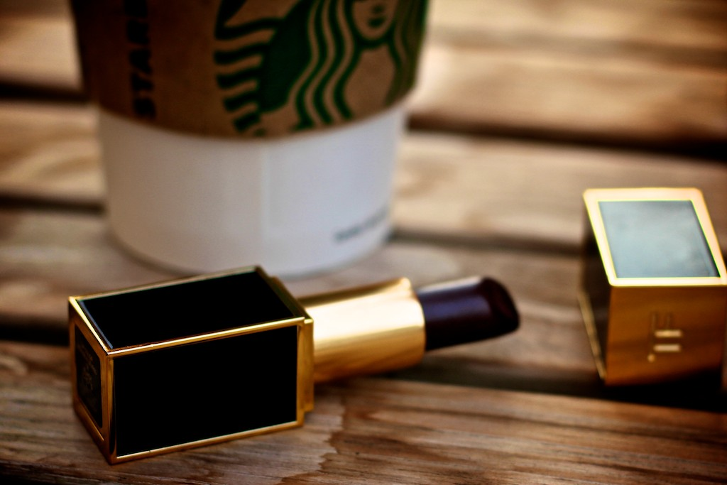 Buynowbloglater Tom Ford Black Orchid Lipstick
