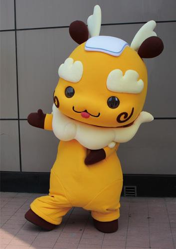 「仲威文創」吉祥物人偶:吸睛程度百分百,KIKI是旅客們目光的焦點。