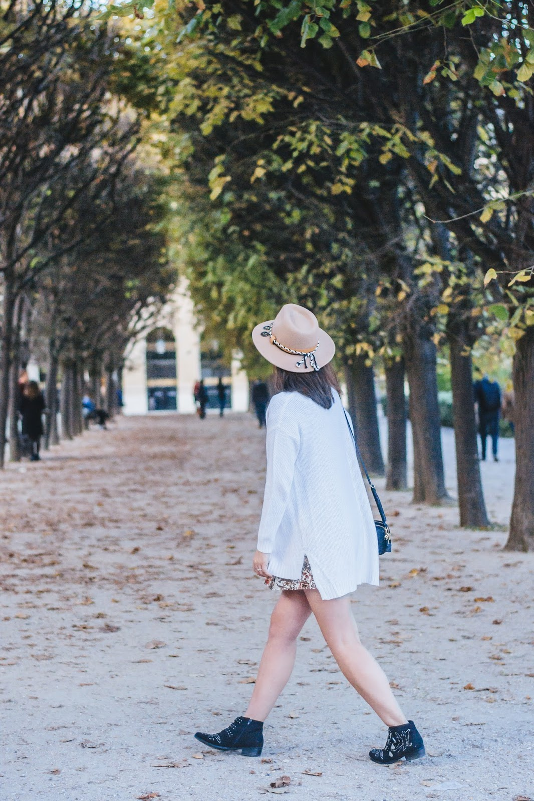 parisianfashionblogger-fashion-streetstyle-look-mode-meetmeinparee-cute-autumnstyling