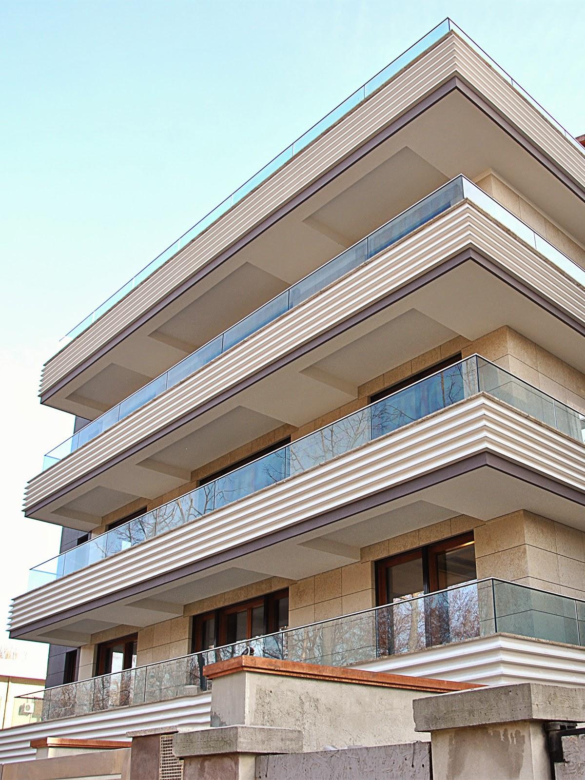 fatade blocuri moderne cu paouri decorative din polistiren, termosistem decorativ