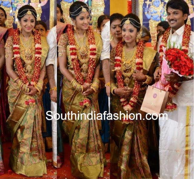bride in gold kanjeevaram saree