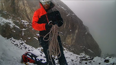Eloy, my guide, sorting the rope