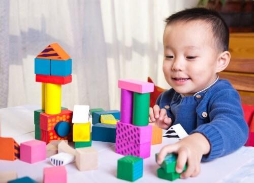 Mendidik Anak Usia 4 Tahun