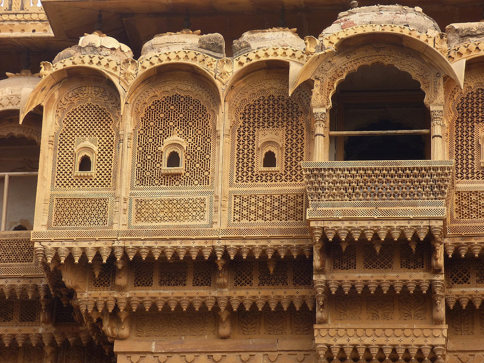 jaiselmer unesco Contents1 how to book a real jaisalmer tour package11 how to reach jaisalmer12 where to stay in jaisalmer13 where to book taxi or car for jaisalmer and sam sand dune (desert)14 scams of.