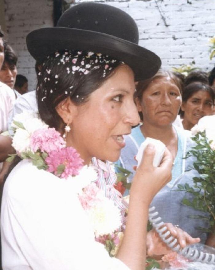 Remedios Loza en campaña proselitista con CONDEPA en los 90s / FACEBOOK SAYURI LOZA / ARCHIVO