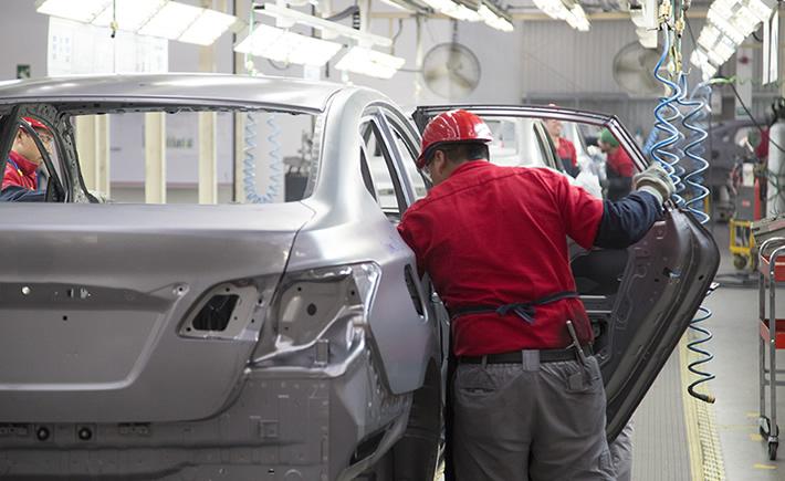 En México se importan de partes y componentes altrededor de 35,000 mdd. (Foto: Cortesía Nissan)
