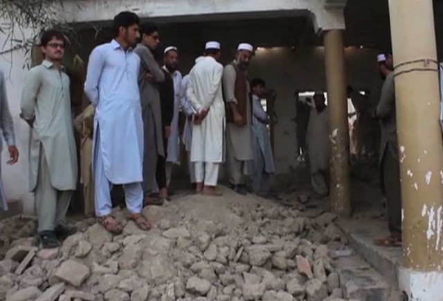 Roof collapse leaves 7 dead including children in Bajur