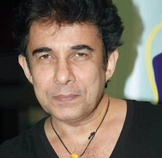 Deepak Tijori movies, wife, daughter, age, son, ki photo, family, upcoming movies, directed films, directed movies, wiki, biography