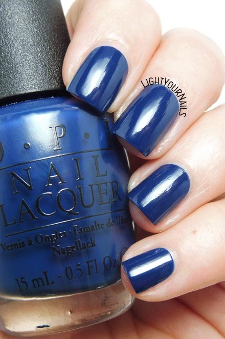 Smalto lacca blu OPI I saw.. U saw.. We saw.. Warsaw blue creme nail polish #unghie #nails #OPI #lightyournails