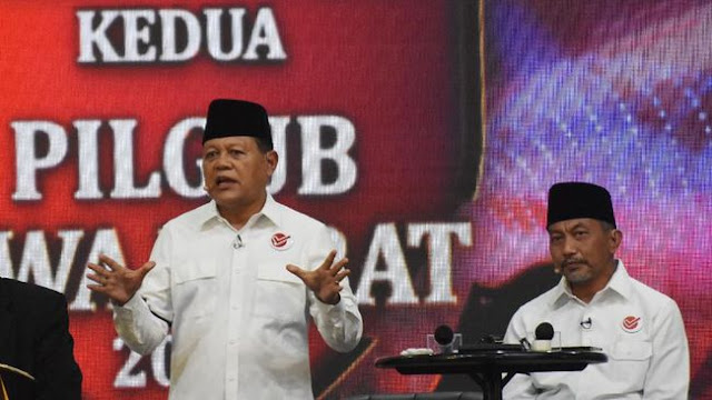 Kaus Ganti Presiden Petakan Sikap Oposisi Vs Istana di Jabar