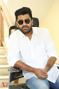 Sharwanand Interview Stills-thumbnail-13