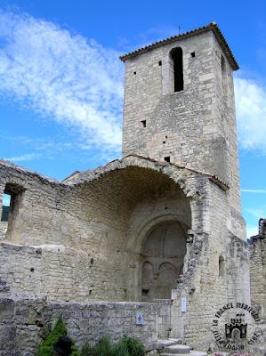http://lafrancemedievale.blogspot.fr/2015/10/le-poet-laval-26-chapelle-romane-saint.html