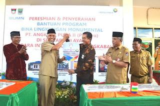 PT Angkasa Pura Berikan Mobil Perpustakaan Ke Pemko Padang